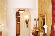 House Plan Design - Mediterranean Interior - Entry Plan #417-527