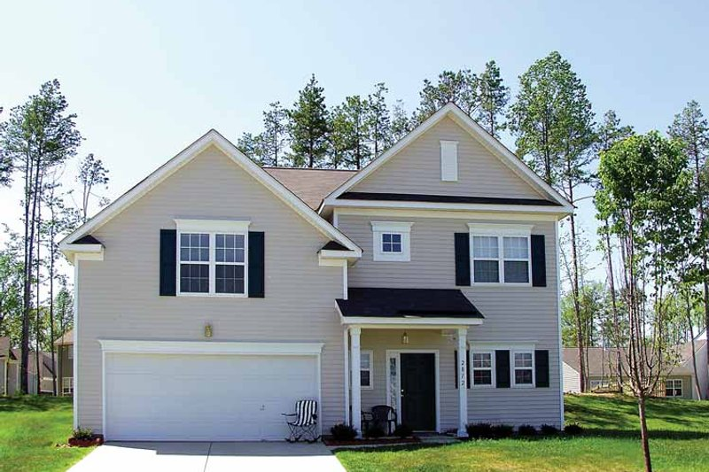 Colonial Style House Plan - 3 Beds 2.5 Baths 1520 Sq/Ft Plan #453-265
