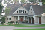 Craftsman Style House Plan - 5 Beds 4 Baths 4175 Sq/Ft Plan #928-21 Exterior - Front Elevation