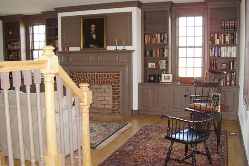 Colonial Interior - Family Room Plan #137-342 - Houseplans.com