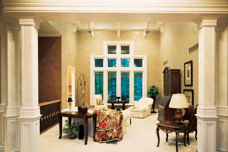 Craftsman Interior - Family Room Plan #46-646 - Houseplans.com