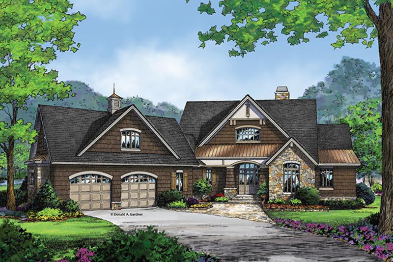 Craftsman Exterior - Front Elevation Plan #929-962