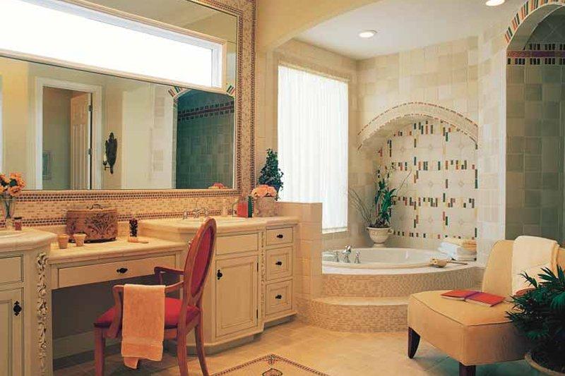Craftsman Interior - Bathroom Plan #417-670 - Houseplans.com