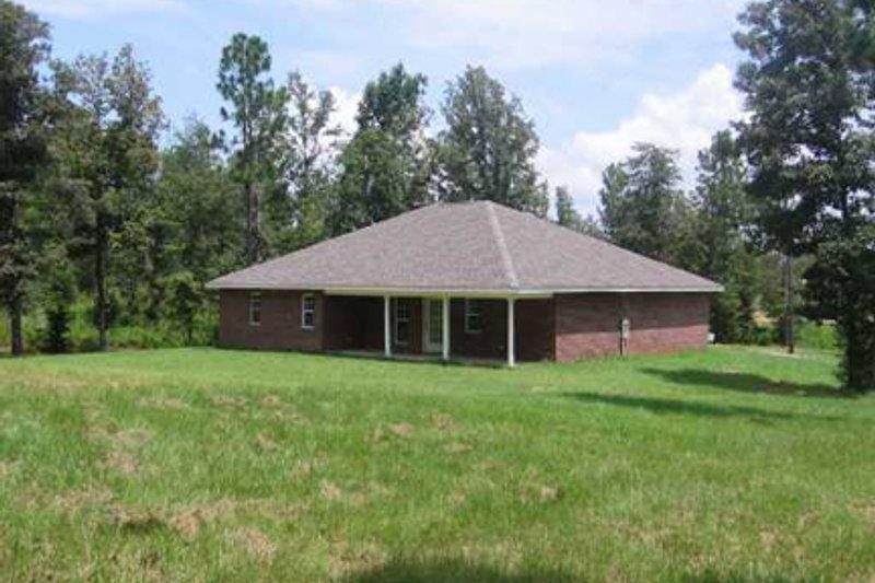 Traditional Exterior - Rear Elevation Plan #44-135 - Houseplans.com