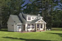 Craftsman Exterior - Front Elevation Plan #928-90