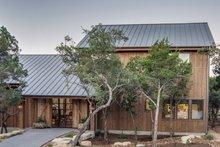 House Plan Design - Farmhouse Exterior - Front Elevation Plan #935-17