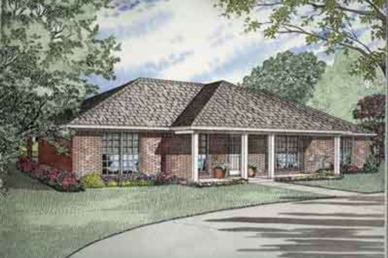 House Plan - 3 Beds 2 Baths 1800 Sq/Ft Plan #17-2141 Exterior - Front Elevation