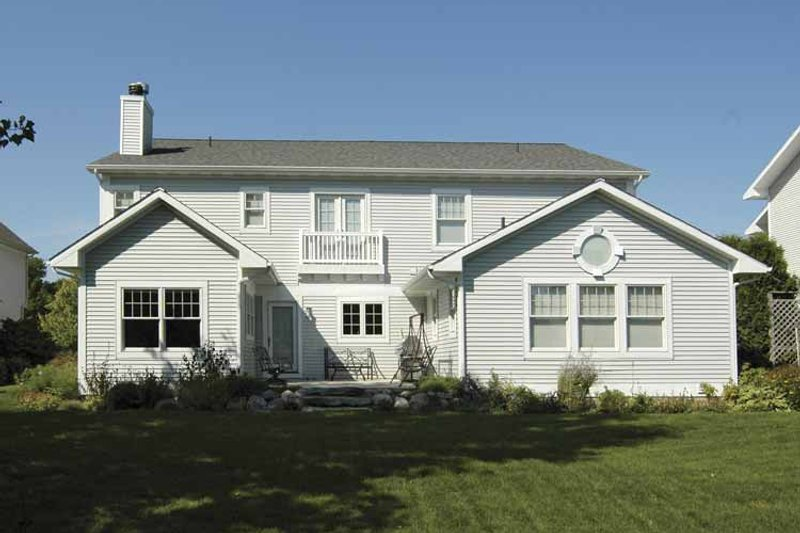 Traditional Exterior - Rear Elevation Plan #928-70 - Houseplans.com