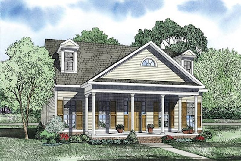 Dream House Plan - Traditional Exterior - Front Elevation Plan #17-2422