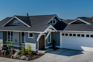 Craftsman Exterior - Front Elevation Plan #895-57