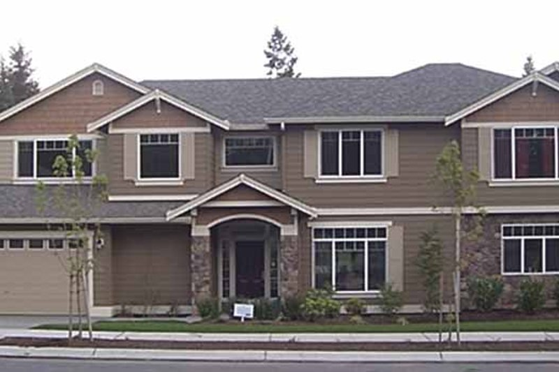 Contemporary Style House Plan - 4 Beds 3 Baths 3303 Sq/Ft Plan #951-4 Exterior - Front Elevation
