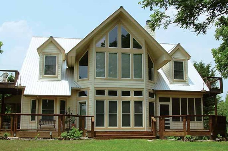 Country Exterior - Rear Elevation Plan #140-177 - Houseplans.com