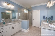 Home Plan - Craftsman Interior - Master Bathroom Plan #929-824