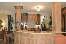 Colonial Interior - Kitchen Plan #927-587