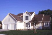 Traditional Style House Plan - 3 Beds 2.5 Baths 1778 Sq/Ft Plan #20-282 Exterior - Front Elevation