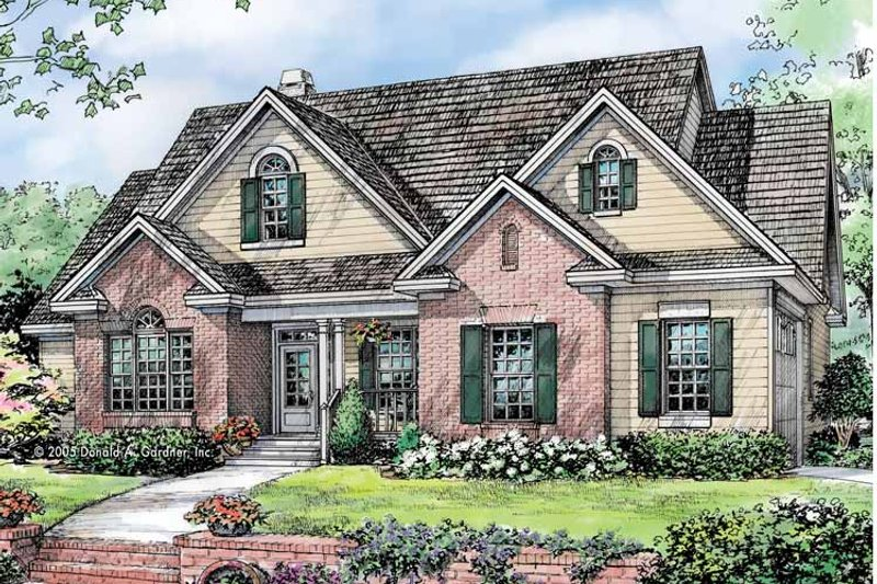 Traditional Exterior - Front Elevation Plan #929-781 - Houseplans.com