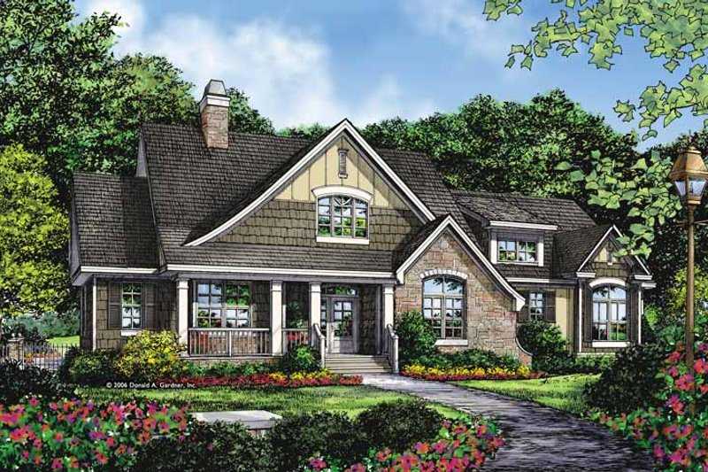 Craftsman Exterior - Front Elevation Plan #929-879