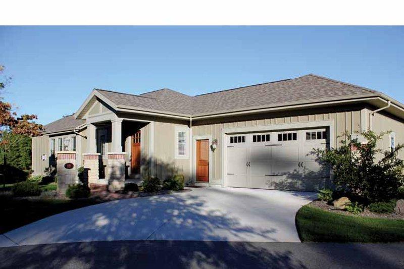 Craftsman Exterior - Front Elevation Plan #928-193 - Houseplans.com