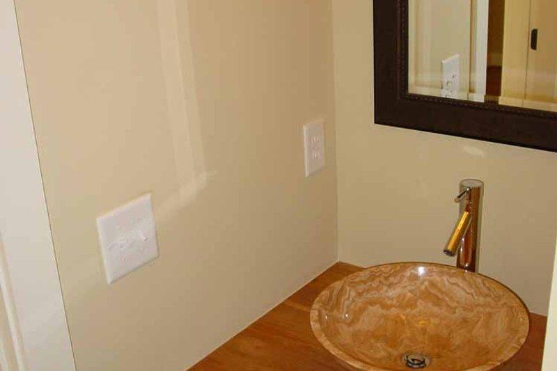 Traditional Interior - Bathroom Plan #939-3 - Houseplans.com