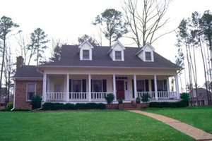 Southern Exterior - Front Elevation Plan #36-216