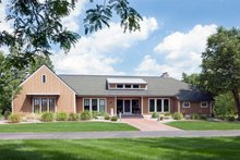 Farmhouse Exterior - Front Elevation Plan #901-145