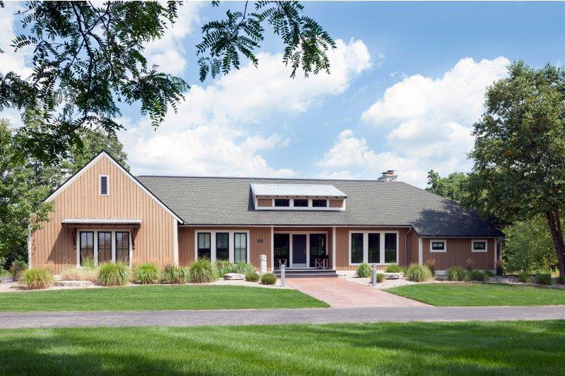 House Plan Design - Farmhouse Exterior - Front Elevation Plan #901-145