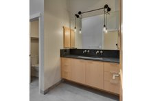House Plan Design - Ranch Interior - Master Bathroom Plan #124-983