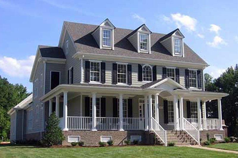 House Plan Design - Farmhouse Exterior - Front Elevation Plan #927-40