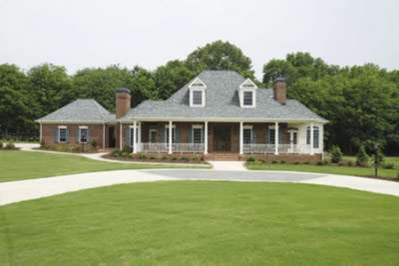 Southern Exterior - Front Elevation Plan #410-146 - Houseplans.com