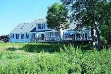House Blueprint - Traditional Exterior - Rear Elevation Plan #72-351