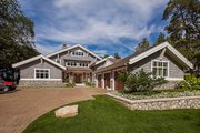 Craftsman Style House Plan - 3 Beds 4 Baths 4444 Sq/Ft Plan #928-305 Exterior - Front Elevation