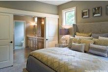 Dream House Plan - Craftsman Photo Plan #48-615