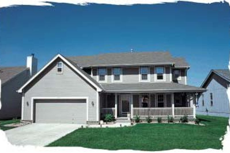 Traditional Exterior - Front Elevation Plan #20-711 - Houseplans.com