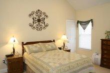 Traditional Interior - Master Bedroom Plan #21-139