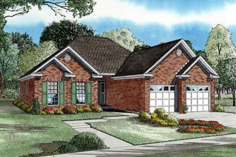 Traditional Style House Plan - 2 Beds 2 Baths 1287 Sq/Ft Plan #17-194