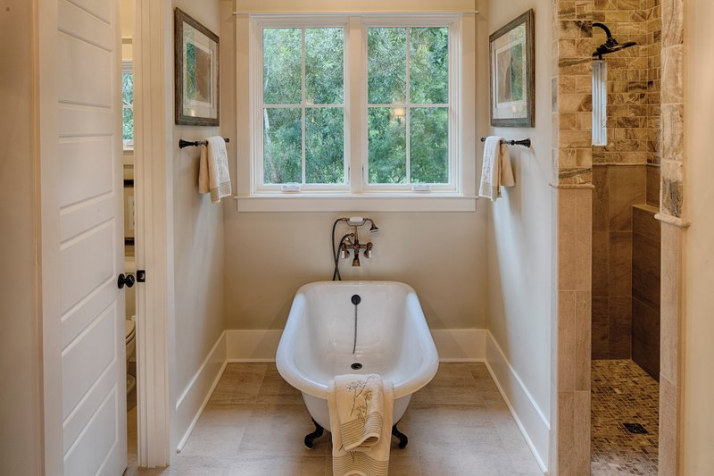 Farmhouse Interior - Master Bathroom Plan #928-10 - Houseplans.com