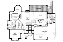 Traditional Floor Plan - Main Floor Plan Plan #1060-61