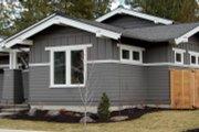 Craftsman Style House Plan - 3 Beds 2.5 Baths 1921 Sq/Ft Plan #895-26