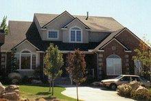 Dream House Plan - Traditional Photo Plan #5-210