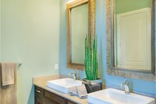 Home Plan - Mediterranean Interior - Master Bathroom Plan #930-448