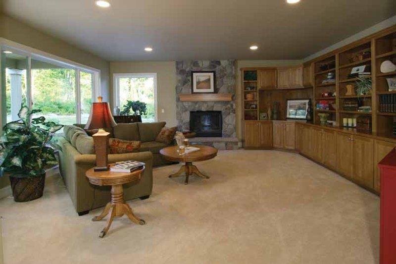 Craftsman Interior - Family Room Plan #132-241 - Houseplans.com