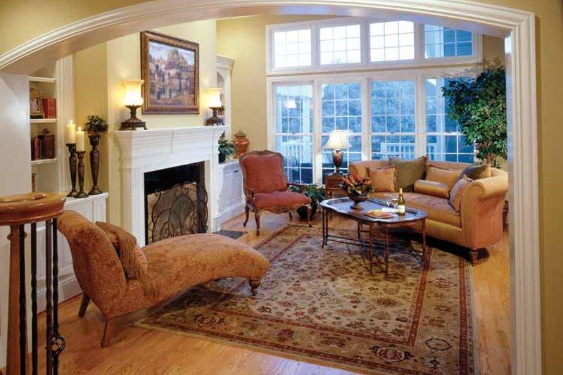 Colonial Interior - Family Room Plan #429-259 - Houseplans.com