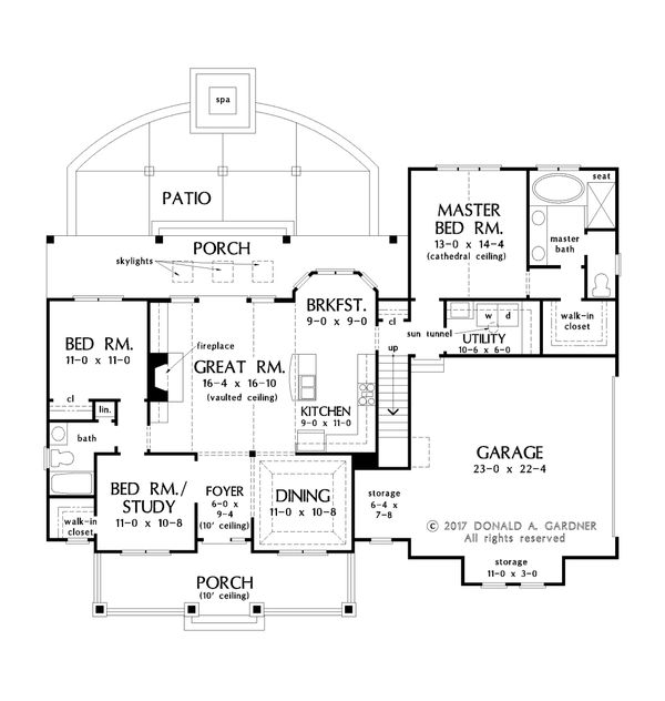 Farmhouse Floor Plan - Main Floor Plan Plan #929-1055