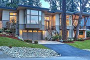 Contemporary Style House Plan - 4 Beds 3 Baths 4366 Sq/Ft Plan #132-226 Exterior - Front Elevation