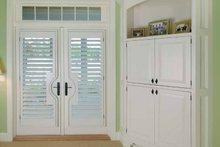 Craftsman Interior - Master Bedroom Plan #928-188