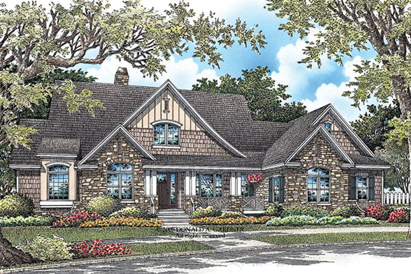 Craftsman Exterior - Front Elevation Plan #929-919