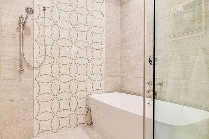 Craftsman Interior - Master Bathroom Plan #929-839 - Houseplans.com