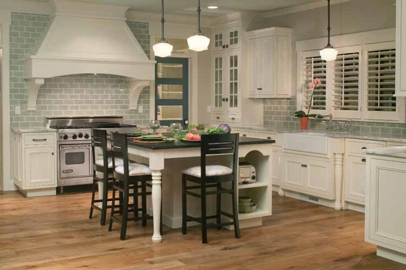 Traditional Interior - Kitchen Plan #928-23 - Houseplans.com