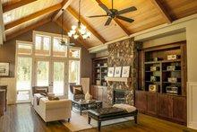 Craftsman Interior - Family Room Plan #48-542