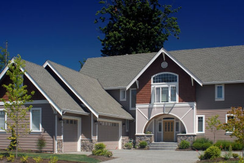 Traditional Exterior - Front Elevation Plan #48-382